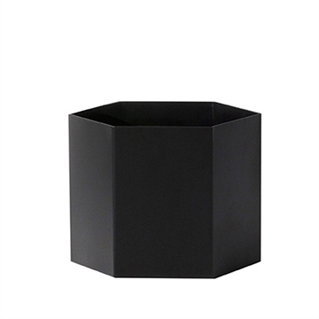 Hexagon Potte fra Ferm Living i sort