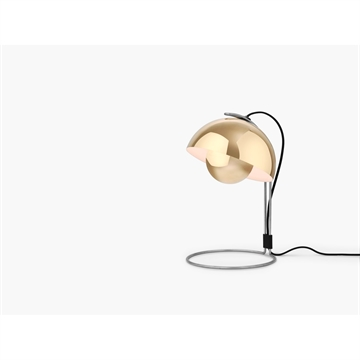 Verner Panton Flowerpot VP4 Bordlampe Messing