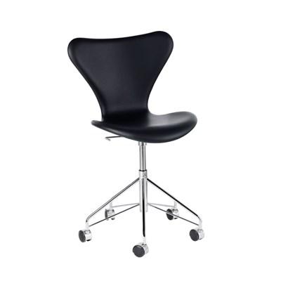 fritz hansen 7 er kontorstol 3117 fuldpolstret basic l der. Black Bedroom Furniture Sets. Home Design Ideas