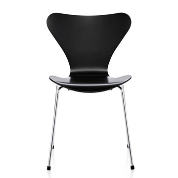 Fritz Hansen 3107 Lakeret sort