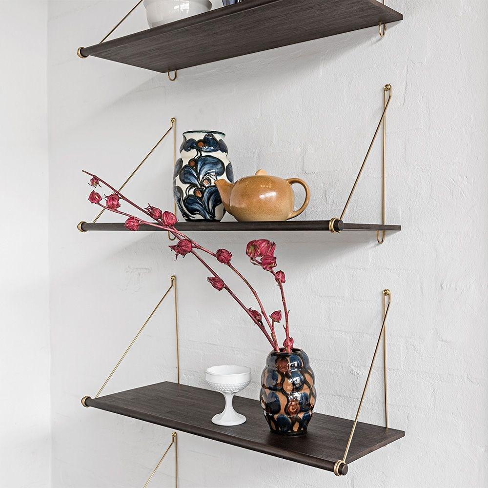 we do wood loop hylde m rk sort oph ng. Black Bedroom Furniture Sets. Home Design Ideas