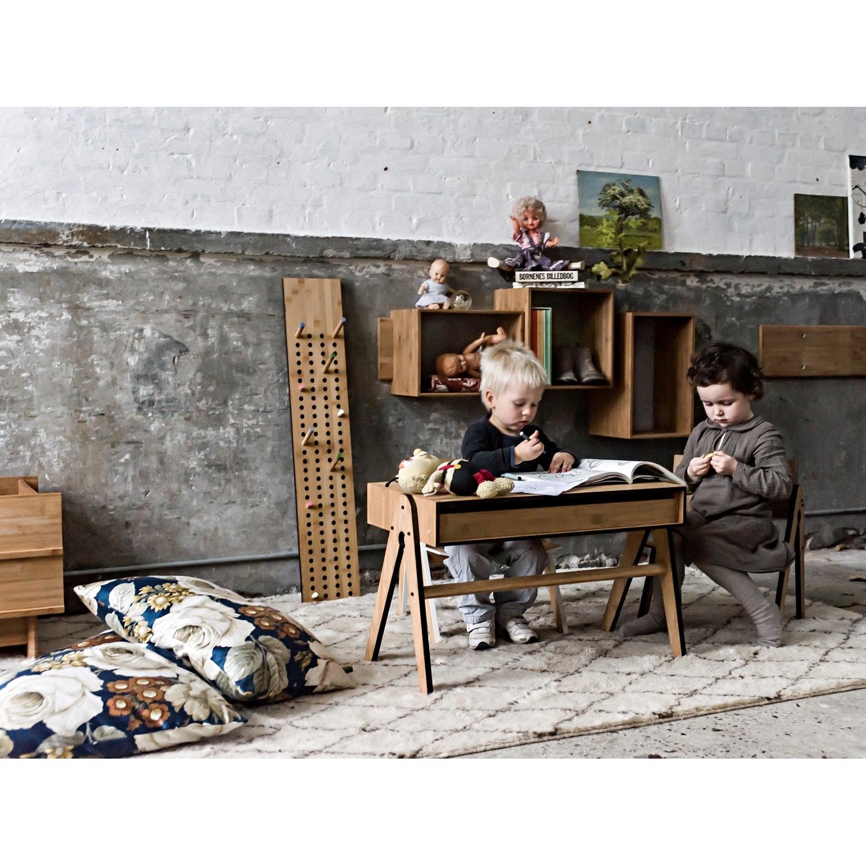 we do wood geo s bord i sort k b b rnem bler her. Black Bedroom Furniture Sets. Home Design Ideas